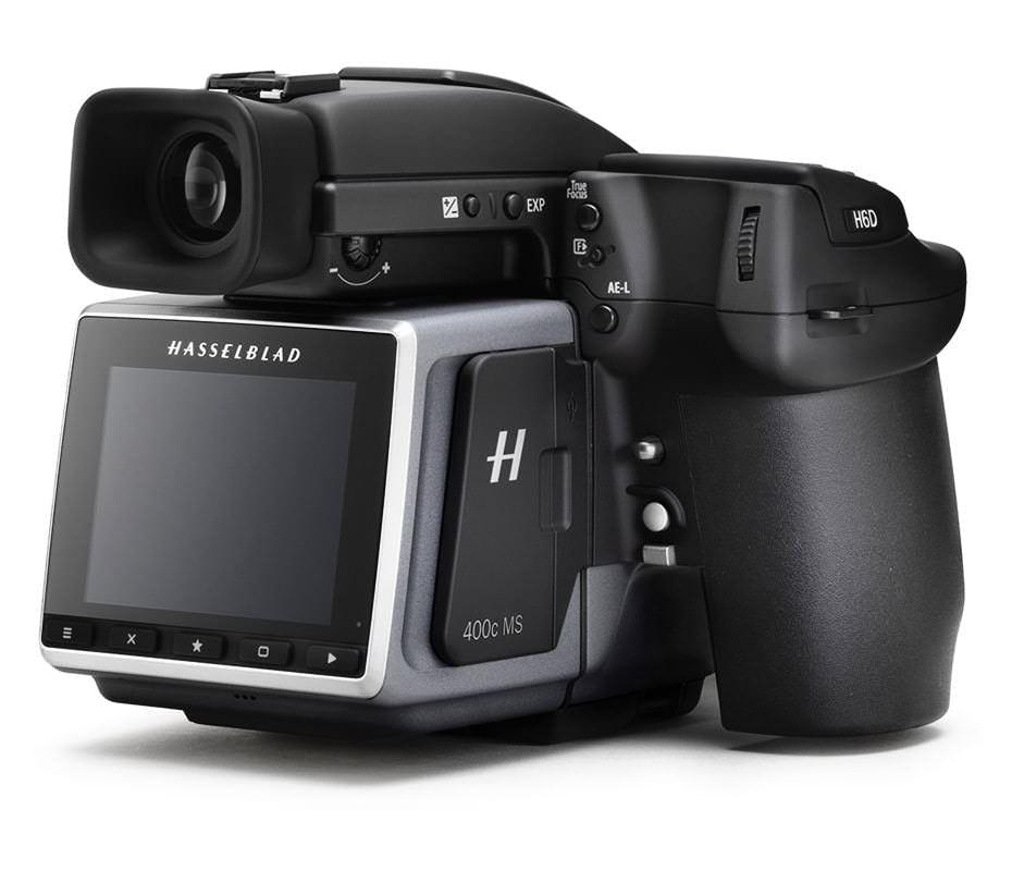 400-мегапиксельная цифровая среднеформатная фотокамера Hasselblad H6D-400c MS на белом фоне